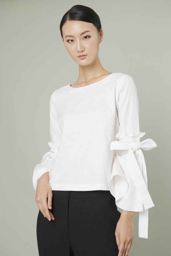 Blouse with bow on sleeves shirt